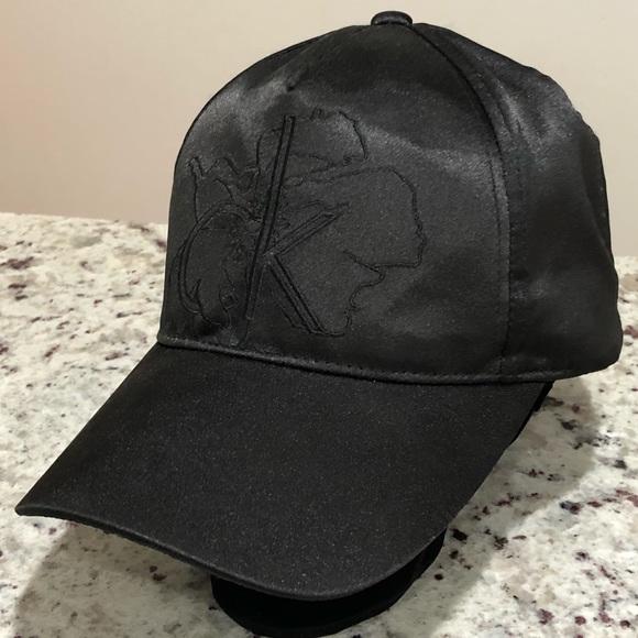 319db9f6f74d1 Calvin Klein Accessories - Calvin Klein silk hat